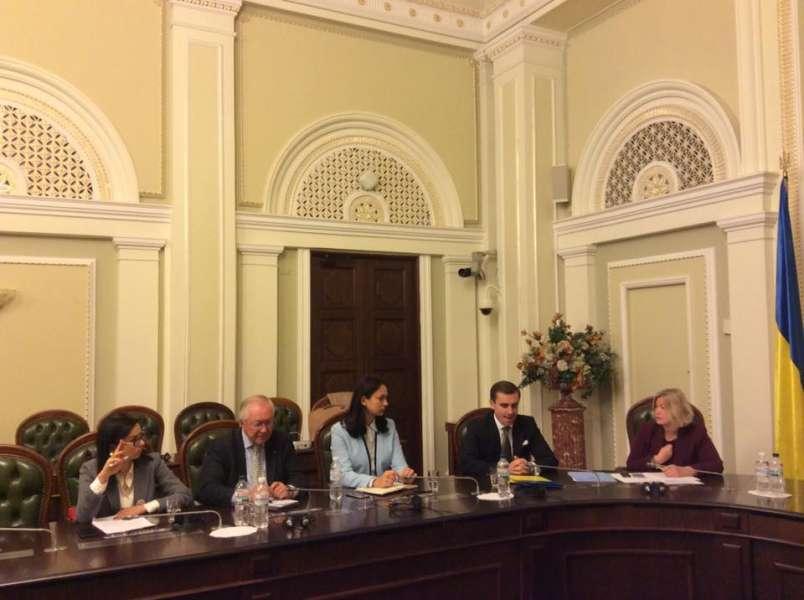 Ірина Геращенко: «Прийняття законопроектів №7163 та №7164 є важливим для по ...