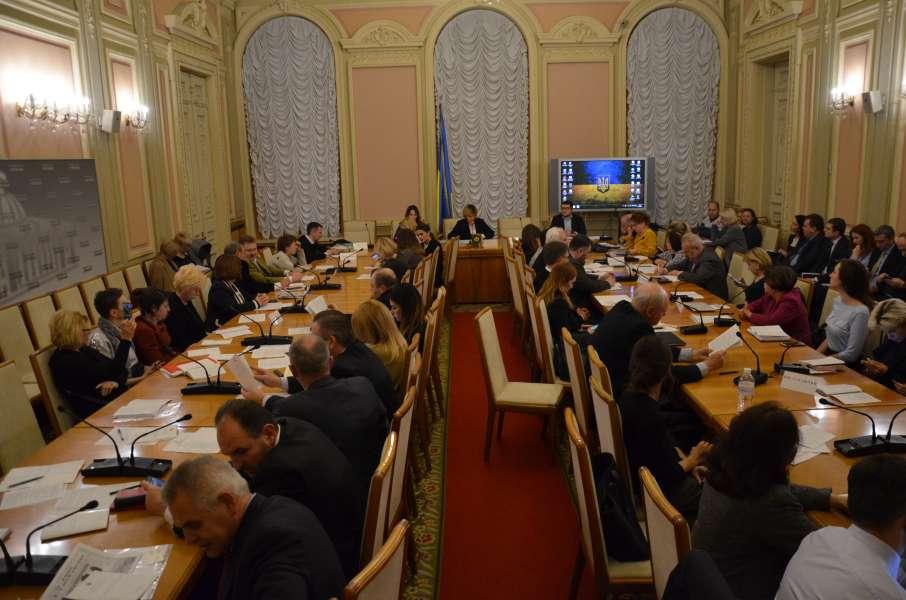 Комітет з питань охорони здоров'я провів засідання круглого столу на тему: «Суспільство проти раку: переможемо разом» (відео)