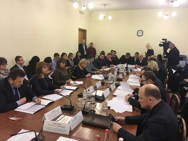 Голова Комітет з питань соціальної політики, зайнятості та пенсійного забезпечення Людмила Денісова: «Маємо подбати про заробітчан, які потрапили в біду за кордоном»