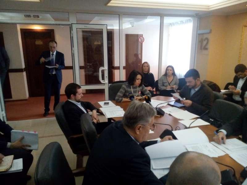 Комітет з питань свободи слова та інформаційної політики залишив на контролі стан розслідувань кримінальних проваджень щодо перешкоджання професійній діяльності журналістів