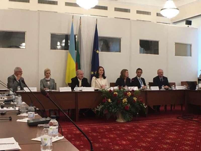 Комітет у закордонних справах вітає Болгарію з першим головуванням у Раді ЄС та бажає успіхів у захисті цінностей Європи та здійсненні дієвих кроків для досягнення стабільності і миру на Континенті