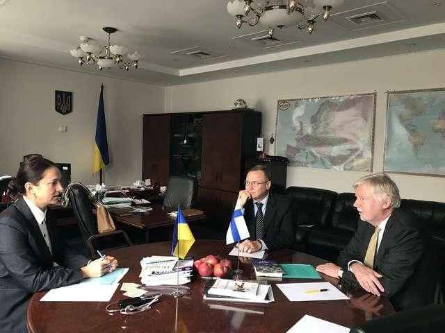 Голова Комітету у закордонних справах Ганна Гопко провела зустріч із членом парламентського Комітету у закордонних справах Парламенту Фінляндії Ерккі Сакарі Туоміоя