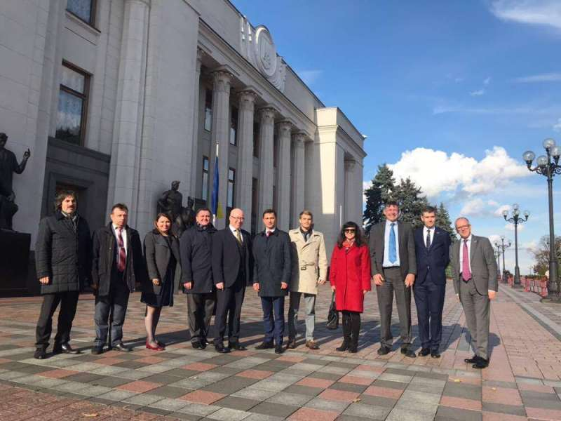 Представники Апарату Верховної Ради та делегації секретаріату Парламенту Шотландії обговорили механізми забезпечення відкритості і ефективності роботи Апарату Парламенту та напрямки подальшої співпраці