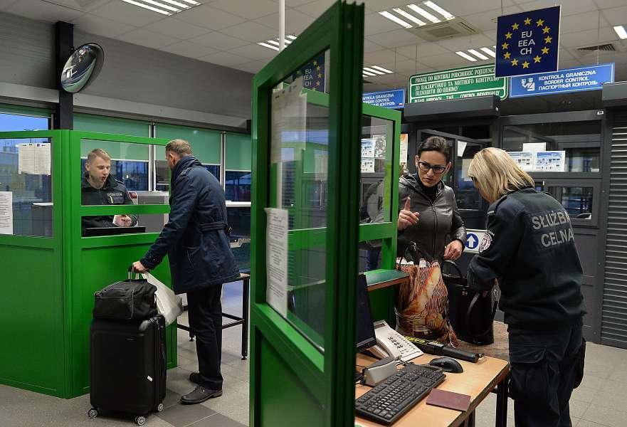 Андрій Парубій повідомив, що Україна і Польща погодили відкриття ще чотирьох нових контрольно-пропускних пунктів на спільному кордоні